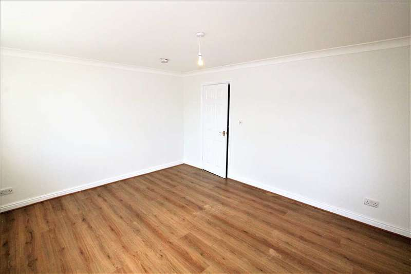 2 Bedrooms Apartment Flat for rent in Brookfield House, Huyton, Liverpool