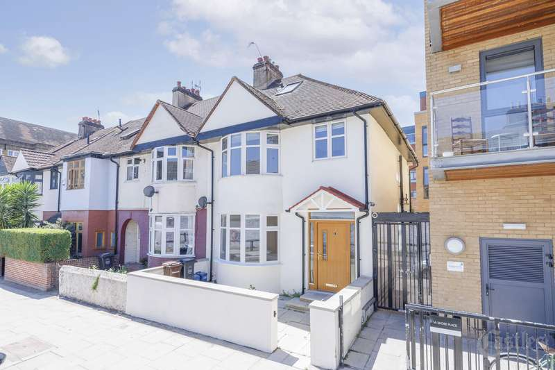 4 Bedrooms Property for sale in Shore Place, London