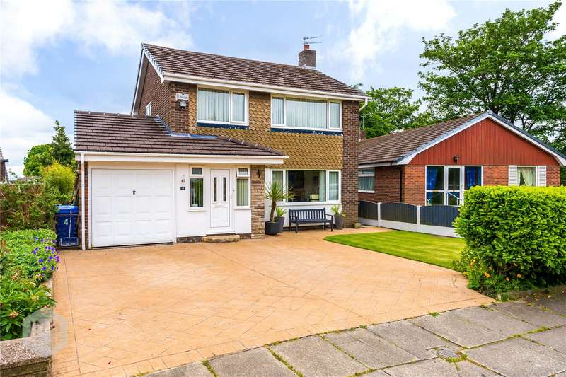 3 Bedrooms Detached House for sale in Trimingham Drive, Bury, BL8