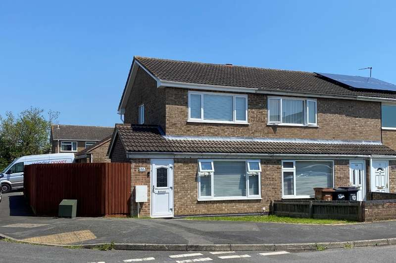 2 Bedrooms Semi Detached House for sale in Redbrook Crescent, Melton Mowbray