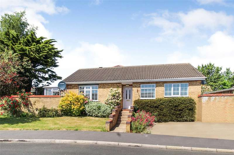 3 Bedrooms Detached Bungalow for rent in Bristol Close, Grantham, NG31