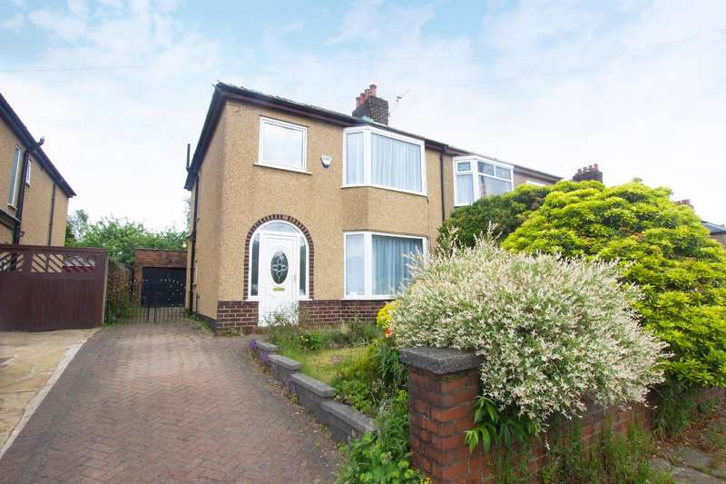 3 Bedrooms Semi Detached House for sale in Feniscliffe Drive, Blackburn, BB2 2UF