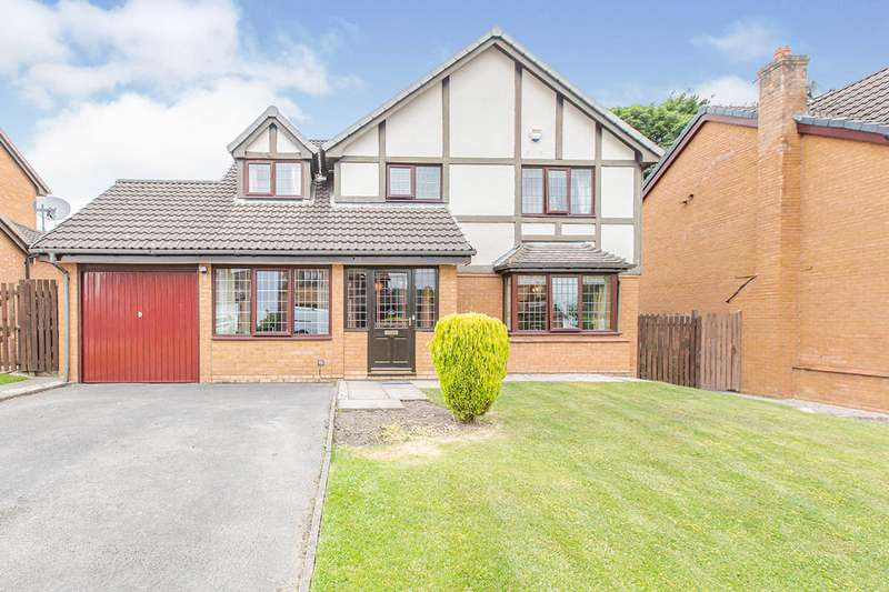 4 Bedrooms Detached House for sale in Dovedale Drive, Burnley, Lancashire, BB12