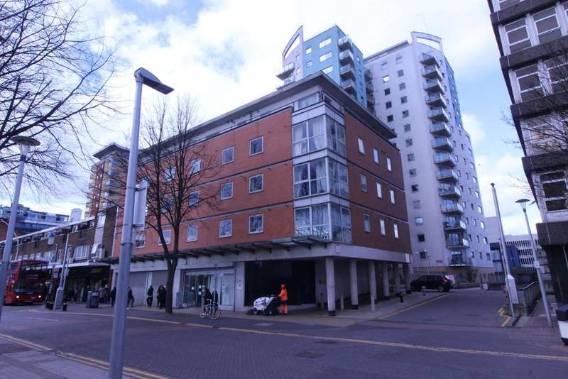 2 Bedrooms Flat for sale in Axon Place, ILFORD, IG1 1NL