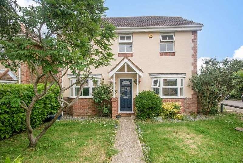 4 Bedrooms Property for sale in Arundel Road, Benfleet