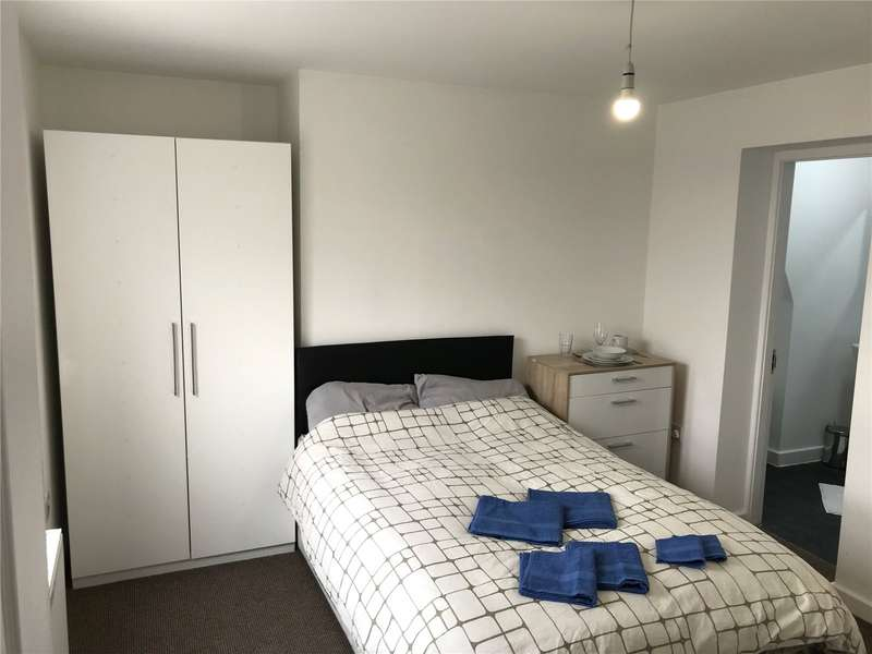 1 Bedroom Terraced House for rent in Church Street, Leigh, Greater Manchester, WN7
