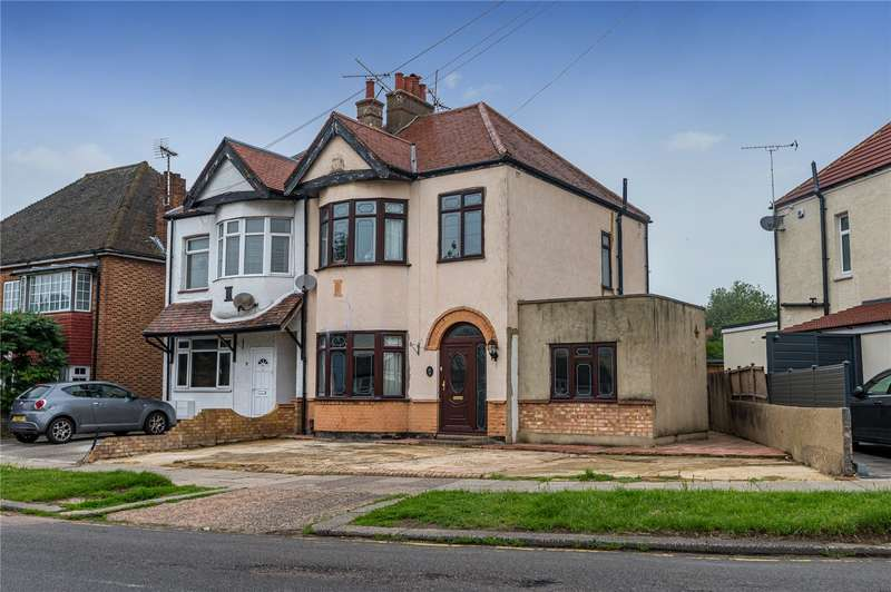 4 Bedrooms Semi Detached House for sale in Royston Avenue, Southend-on-Sea, SS2