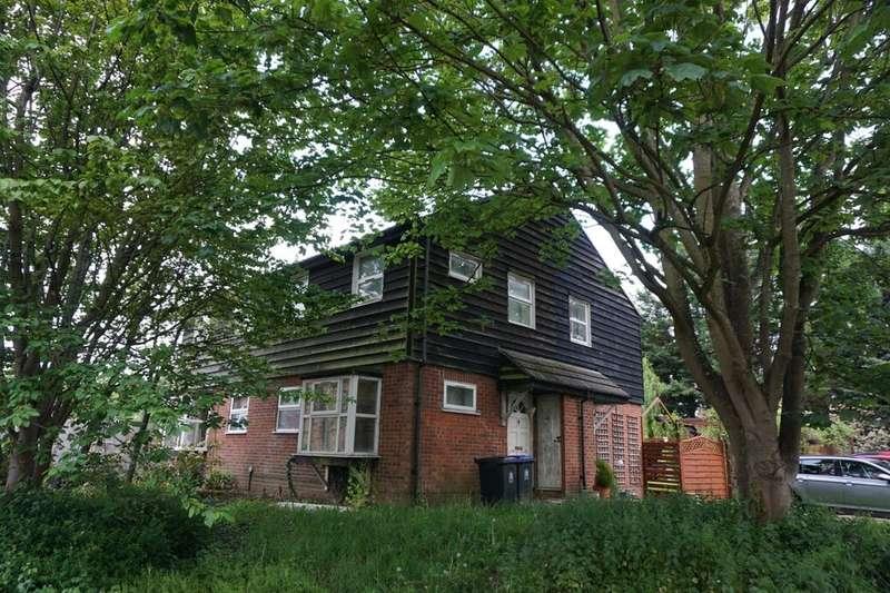 1 Bedroom Property for sale in Chiltern Road, Burnham, Slough, SL1