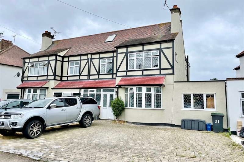 4 Bedrooms Semi Detached House for sale in Mayfield Avenue, Southend-On-Sea, SS2
