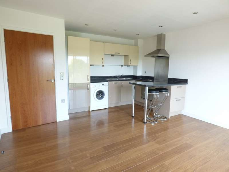 2 Bedrooms Property for sale in Rotary Way, North Station CO3