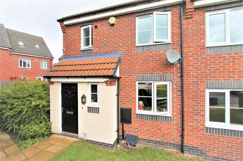 3 Bedrooms Town House for sale in Moulton Road, Hamilton, Leicester LE5