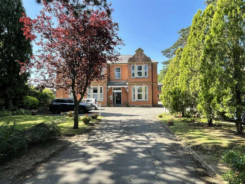 1 Bedroom Property for sale in Hucclecote Lodge, 174 Hucclecote Road, Hucclecote GL3