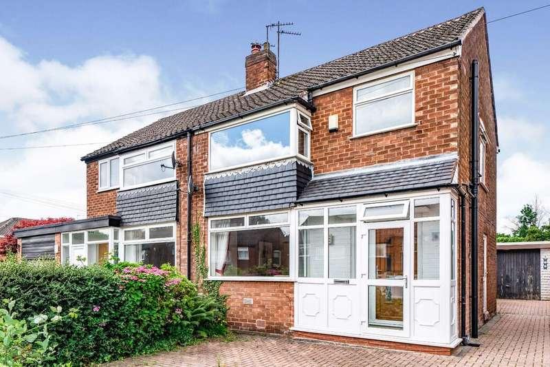 3 Bedrooms Semi Detached House for sale in Vendale Avenue, Swinton, M27