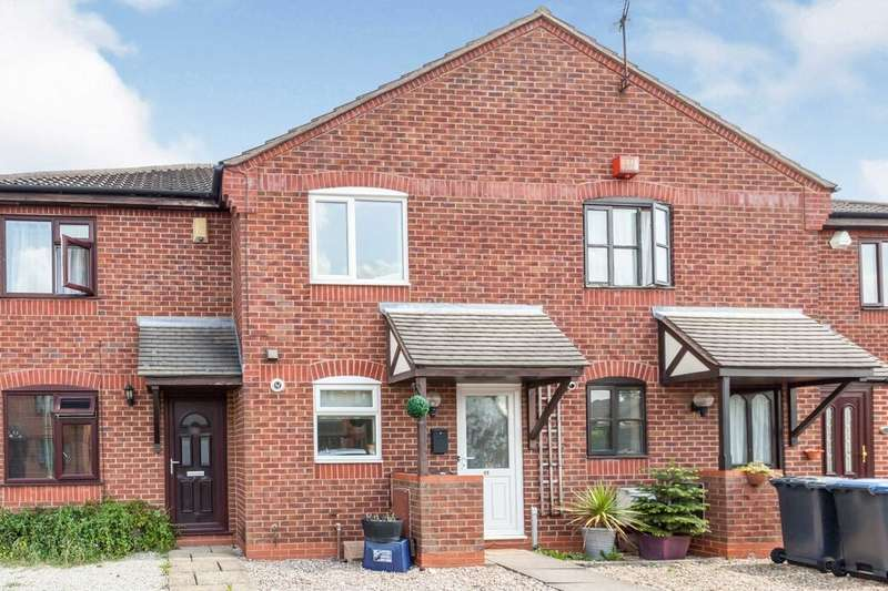 2 Bedrooms Terraced House for rent in Wensum Close, Hinckley, LE10