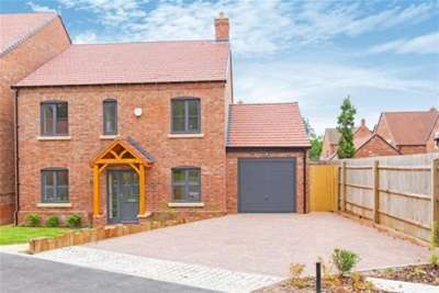 4 Bedrooms Detached House for rent in Raunstone Grange, Ravenstone, LE67 2DN