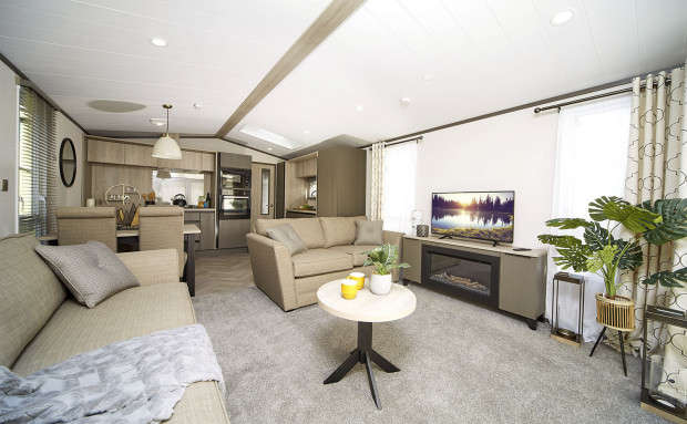 2 Bedrooms Park Home Mobile Home