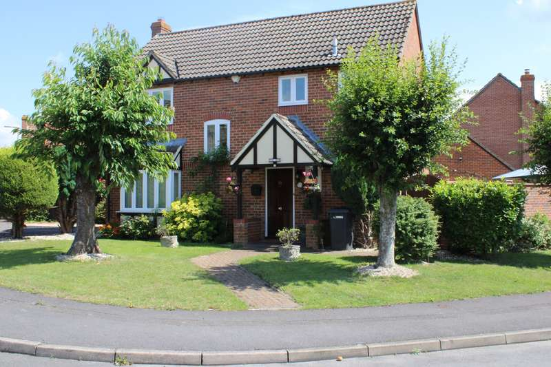 5 Bedrooms Detached House for sale in Hurford Drive Thatcham