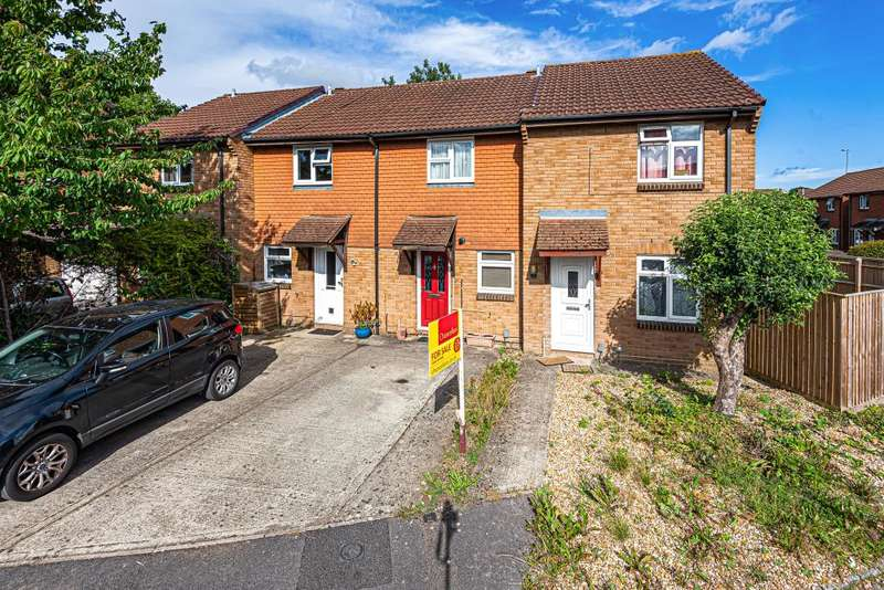 2 Bedrooms Terraced House for sale in The Moors, Thatcham, RG19