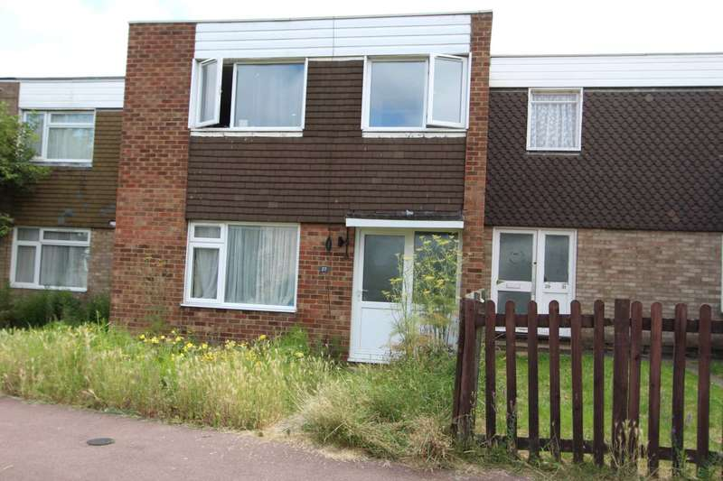 3 Bedrooms End Of Terrace House for sale in Carolines Close, Southend On Sea