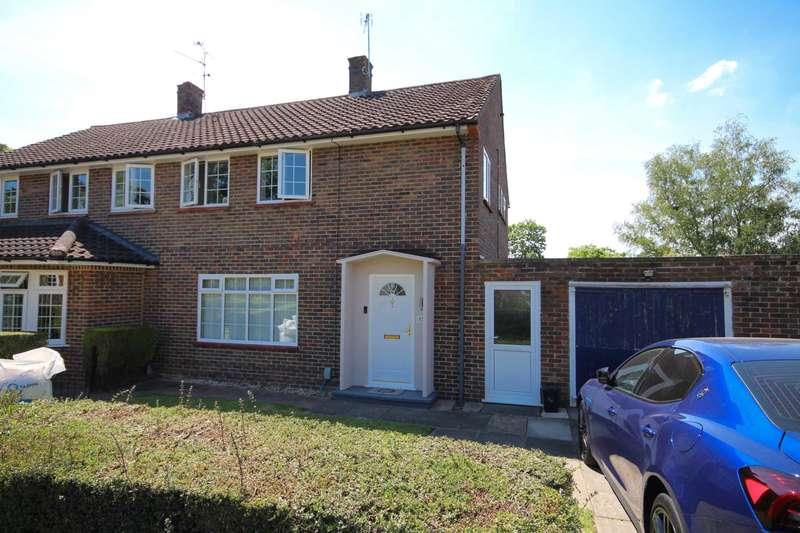 3 Bedrooms Semi Detached House for sale in Windlesham Road, Bracknell
