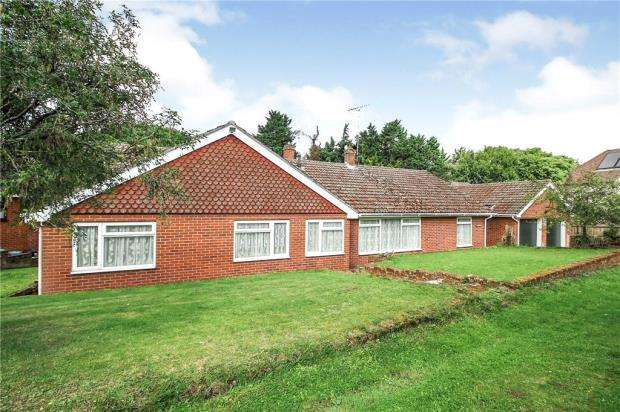4 Bedrooms Detached Bungalow for sale in Rectory Meadow, Sible Hedingham, Halstead