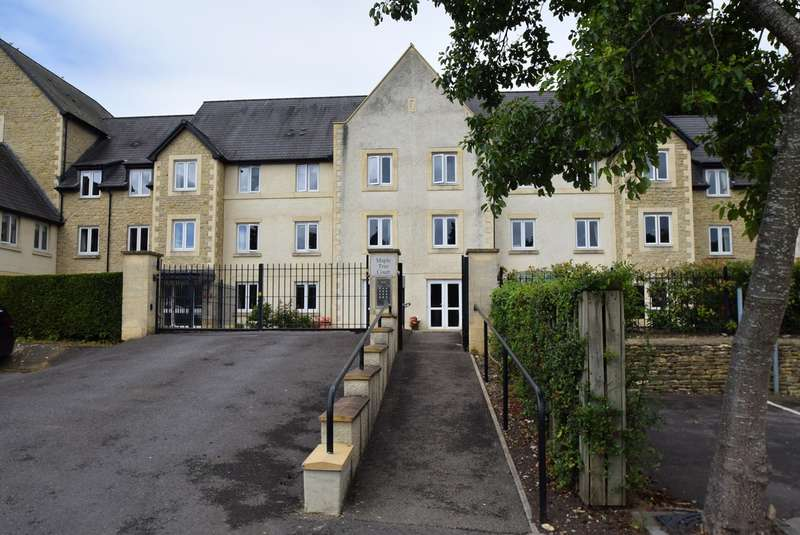 1 Bedroom Retirement Property for sale in Maple Tree Court , Old Market , Nailsworth, GL6