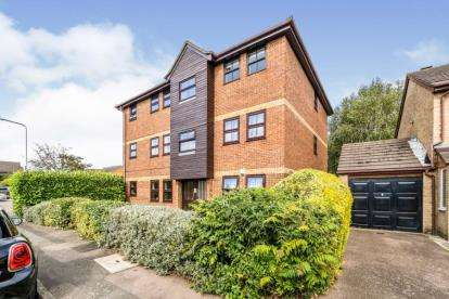 1 Bedroom Flat for sale in Hainault, Ilford, Essex