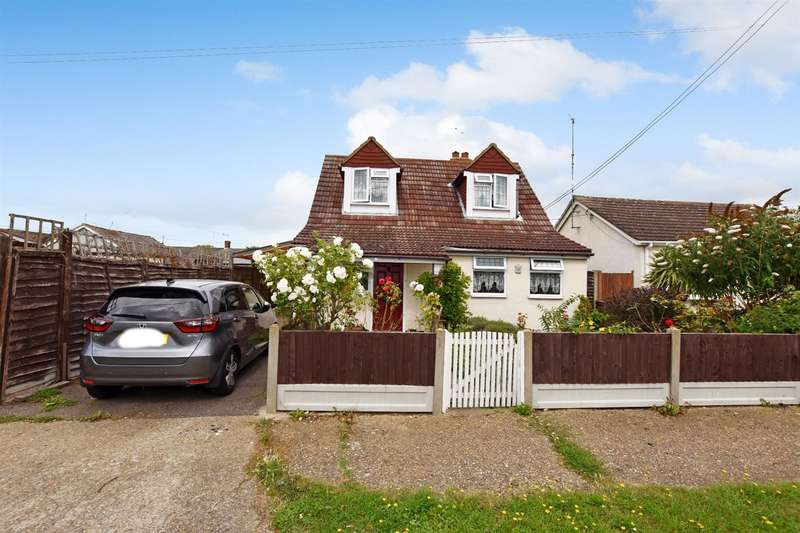 4 Bedrooms Chalet House for sale in Malvern Avenue, Canvey Island