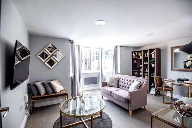 1 Bedroom Penthouse Flat for sale in London Gardens, 46 London Road, Luton, LU1