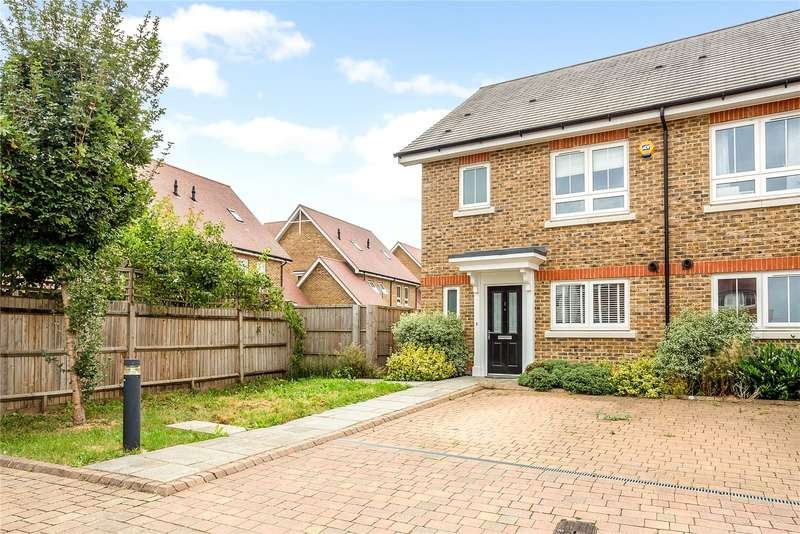 3 Bedrooms Mews House for sale in Swan Walk, Brambling Way, Maidenhead, SL6