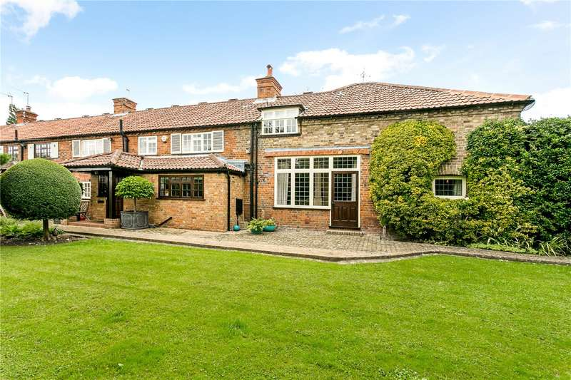 3 Bedrooms Mews House for sale in School Lane, Cookham, Maidenhead, SL6