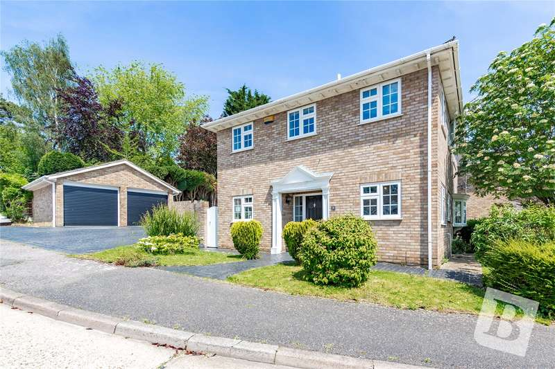 4 Bedrooms Detached House for sale in The Robins, Hook End, Brentwood, Essex, CM15