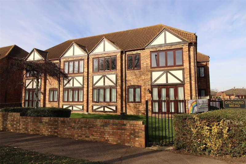 1 Bedroom Apartment Flat for sale in Orchard Mead, Eastwood Road North, Leigh-on-Sea, SS9