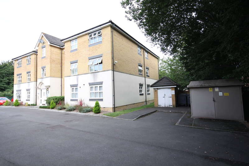 1 Bedroom Flat for sale in Martingale Chase, Newbury