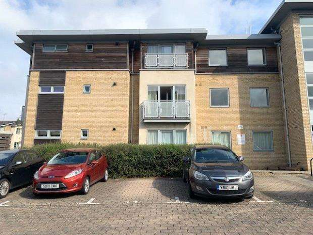 2 Bedrooms Apartment Flat for sale in Sotherby Drive, Cheltenham, Gloucestershire