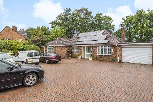 3 Bedrooms Detached Bungalow for sale in Greenham, West Berkshire, RG19