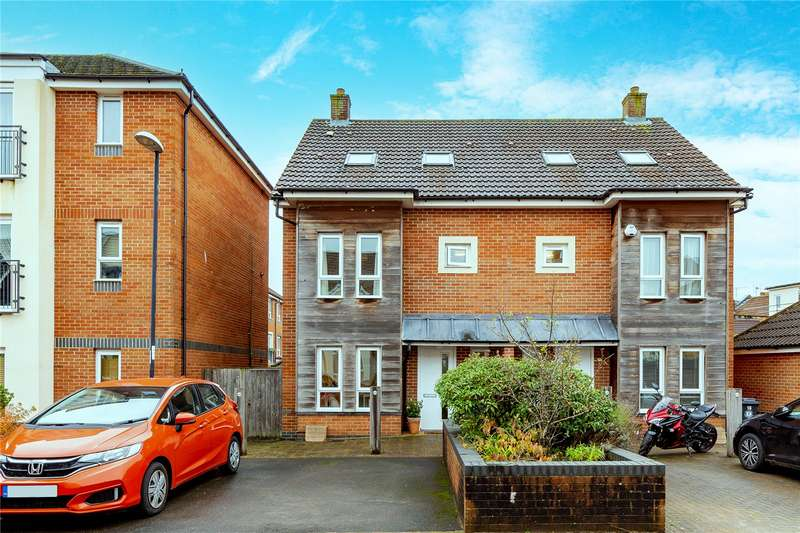4 Bedrooms Property for sale in Harwood Square, Bishopston, Bristol BS7