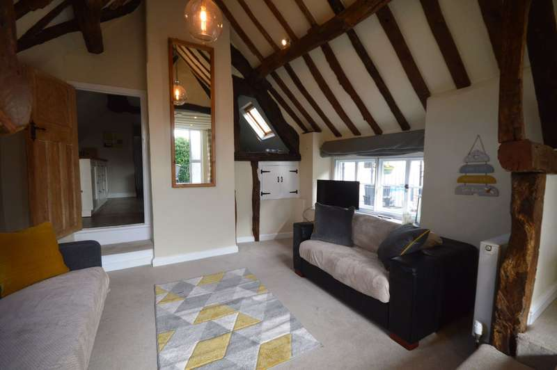2 Bedrooms Flat for sale in Cricklade Street, Cirencester