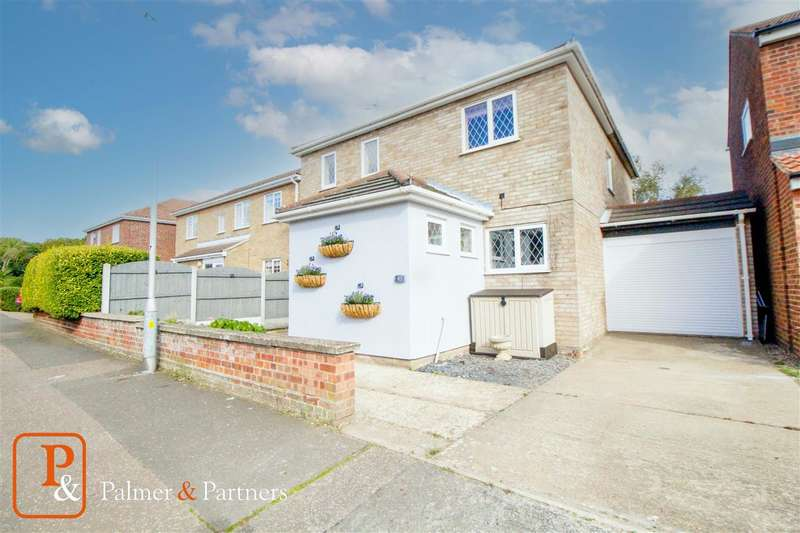 4 Bedrooms Detached House for sale in Broad Oaks Park, St Johns, Colchester, CO4