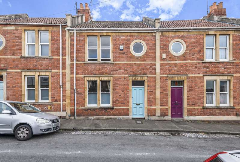 2 Bedrooms Terraced House for sale in Braunton Road, Bristol, BS3