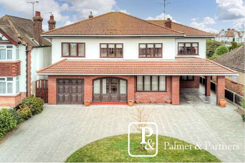 4 Bedrooms Detached House for sale in Kings Road, Clacton-on-Sea