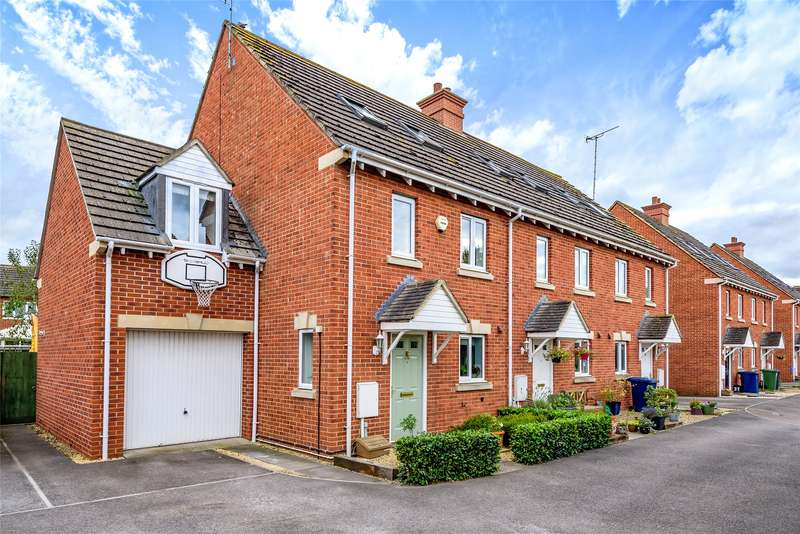 4 Bedrooms End Of Terrace House for sale in Hanson Gardens, Bishops Cleeve, Cheltenham, GL52