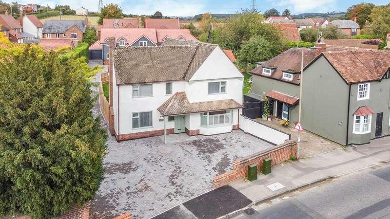 4 Bedrooms Detached House for sale in High Street, Littlebury, Saffron Walden, CB11