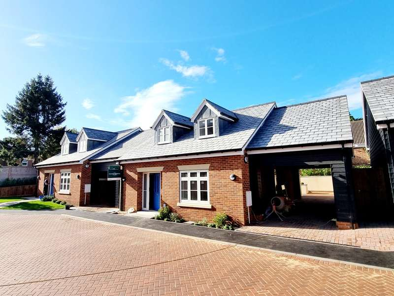 2 Bedrooms Chalet House for sale in Chalet Bungalow New Homes, Ampthill, Bedfordshire, MK45