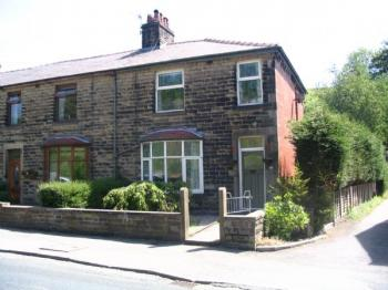 3 Bedrooms Semi Detached House for sale in Lumb, Rossendale. Pre-War, three bedroom house with large rear garden, conservatory and triple garage.