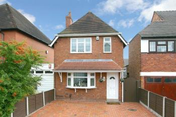 3 Bedrooms Detached House for sale in BRADMORE, The Minster