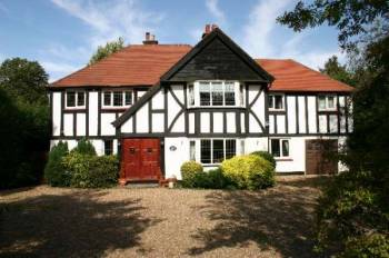 Detached House for sale in Loom Lane, RADLETT