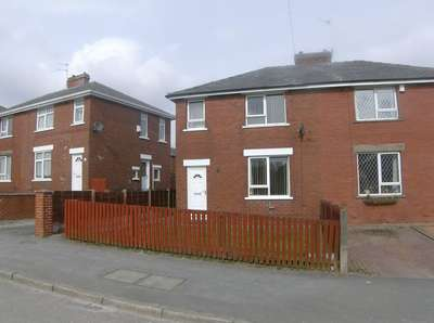 3 Bedrooms Semi Detached House for sale in Birch Road, Rochdale