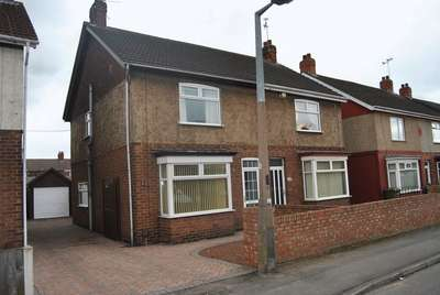 3 Bedrooms Semi Detached House for sale in Bottesford Avenue, Scunthorpe