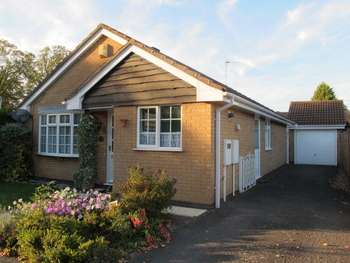 3 Bedrooms Detached Bungalow for sale in 5 Teal Close. Leicester Forest East. Leicester. Leicestershire. LE3 3NR